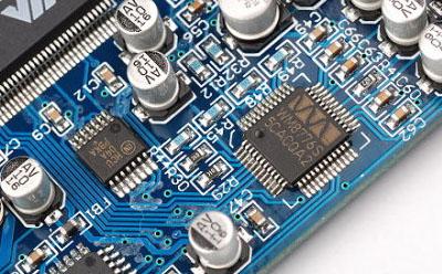 Wolfson微电子公司推出的低功率24位立体声DAC WM8759集成了耳机驱动电路